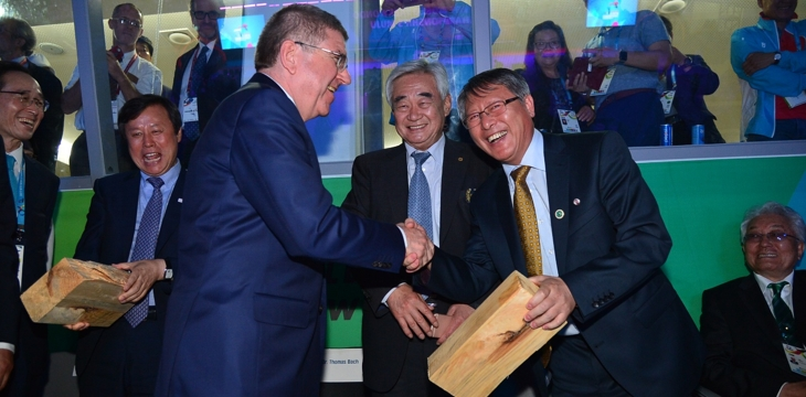 President Ri with IOC President Thomas Bach (left) and WT President Chungwon Choue (middle)